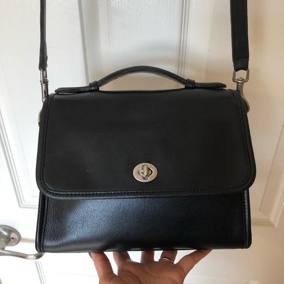 Coach Handbags - Vintage Coach Court Bag 9870 cc9a4ce71bb14